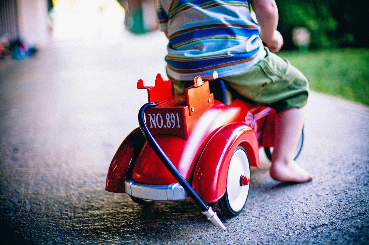 Cara Mendidik Anak ala Nabi Usia 4-10 Tahun : Menghargai Mainan Anak
