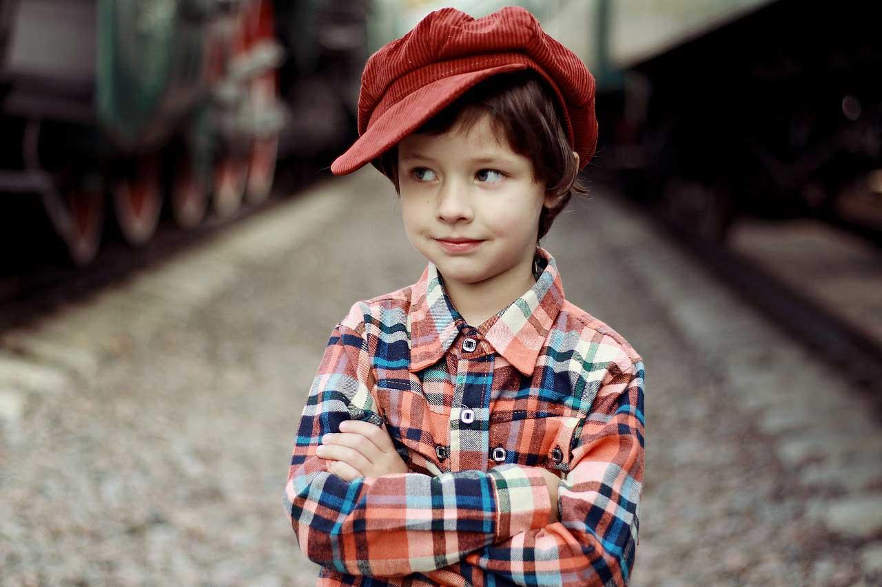 Cara Nabi Mendidik Anak usia 4-10 Tahun : Mengajarkan Akhlak Mulia kepada Anak